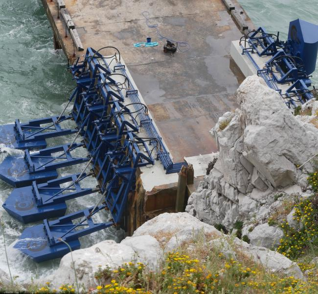 Eco Wave Power Array