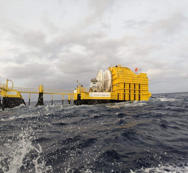 OceanEnergy - OE Buoy Arrival in Hawaii